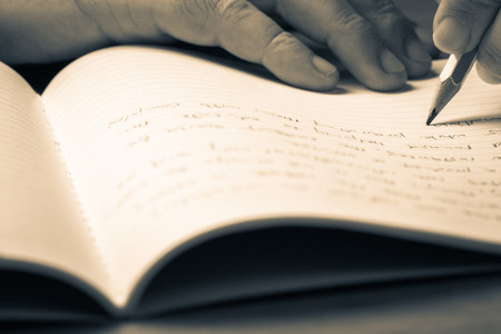 雅思书信写作范文:关于邻里关系的讨论