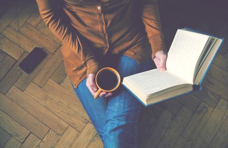 雅思书信写作范文:处理生活和工作关系的讨论