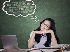托福成绩要达到多少分 能申请美国大学本科?
