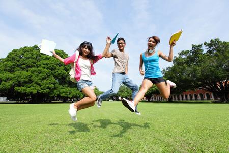 【考场考点】大连外国语大学托福考点详情及考友考评分