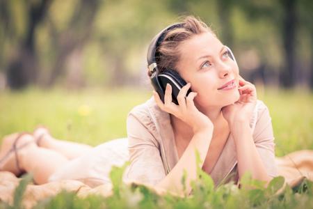 【小站名师】一个月提升雅思听力能力之材料推荐(一)