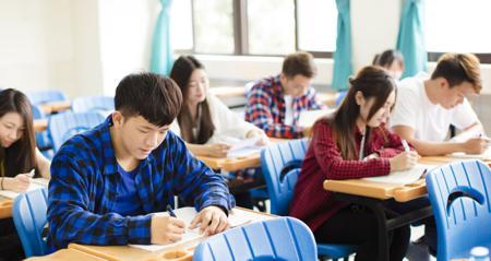 美国大学排名TOP16文书题目汇总 看看这些学校的文书写什么